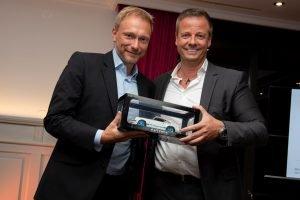 Christian Lindner und Dr. Michael Haberland, Präsident des Automobilclubs Mobil in Deutschland e.V.