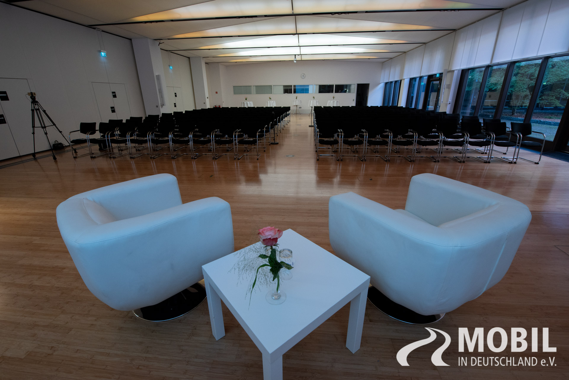 zukunft der mobilitaet 2018 2 mobil in deutschland e v. Black Bedroom Furniture Sets. Home Design Ideas