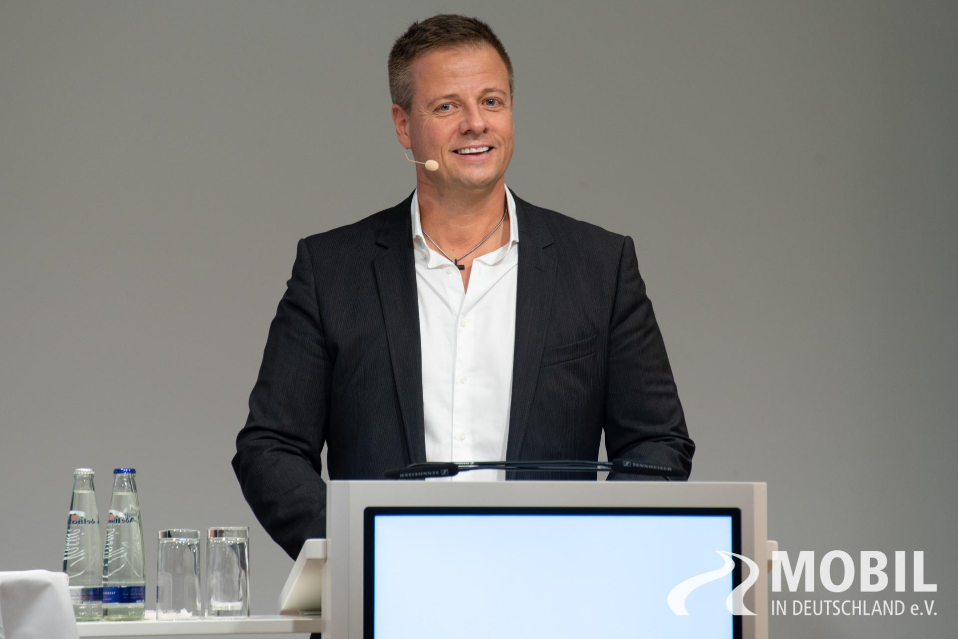 zukunft der mobilitaet 2018 5 mobil in deutschland e v. Black Bedroom Furniture Sets. Home Design Ideas