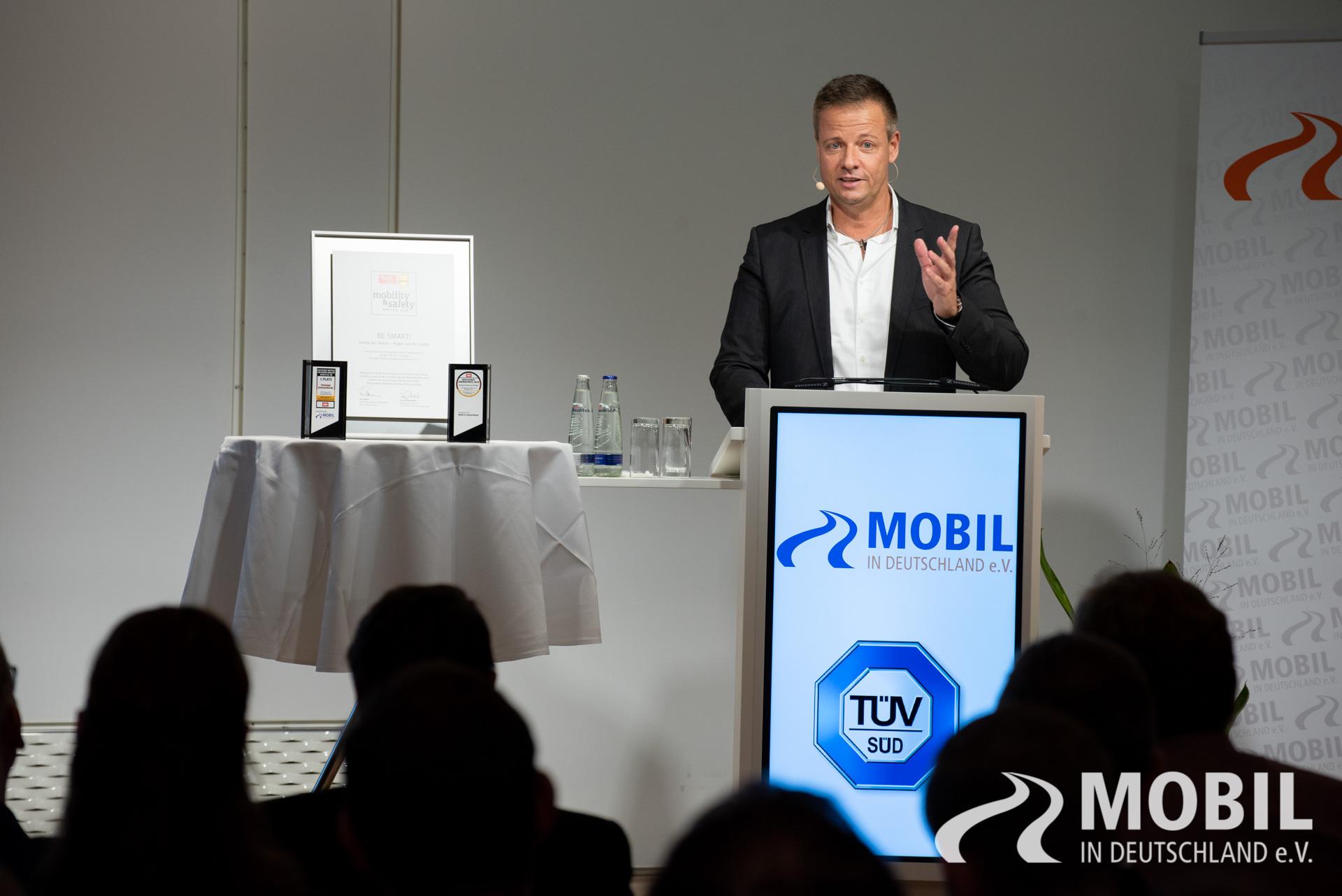 zukunft der mobilitaet 2018 8 mobil in deutschland e v. Black Bedroom Furniture Sets. Home Design Ideas